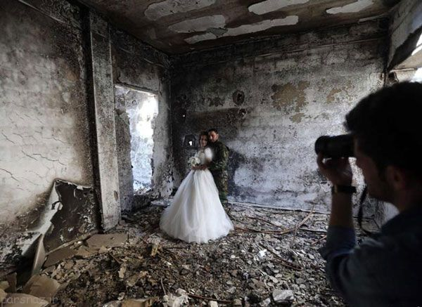 اقدام جالب زوج سوری برای عکس روز عروسی  تصاویر