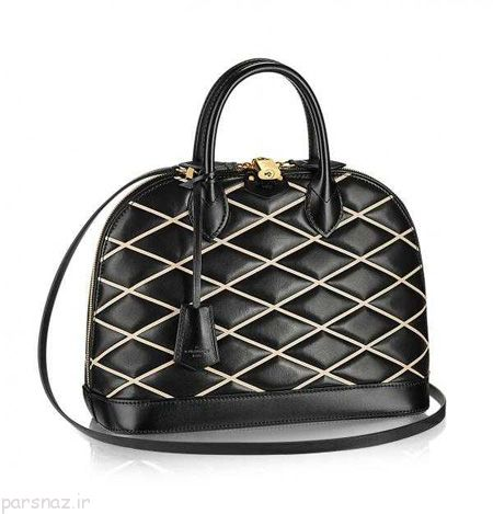 مجموعه ای از کیف های زنانه جدید به رنگ مشکی