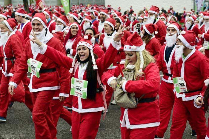 بابانوئل ها در مسابقه ی دوسالانه دویدند