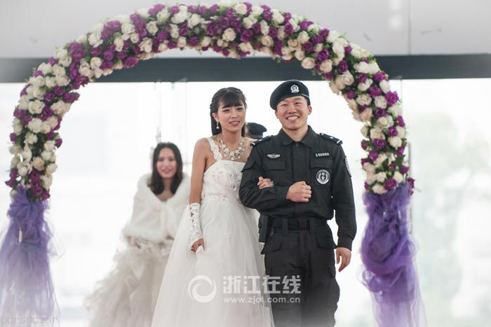 ازدواج عاشقانه پلیس های گروه ضربت