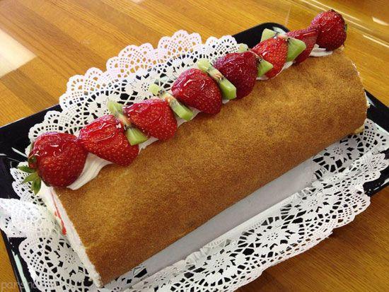 شیرینی رولت خامه ای برای روز پدر عزیزتان