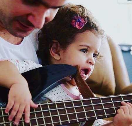 عکس جدید از محسن یگانه در کنار دخترش
