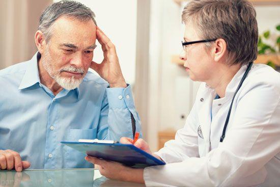 سرطان در مردان دارای چه نشانه هایی است
