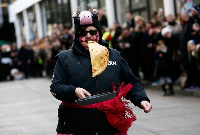 عکس های دیدنی از مسابقه دویدن و درست کردن نان