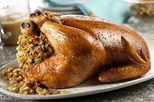 روش پخت مرغ شکم پر به طور کامل