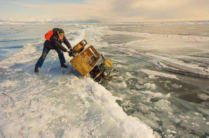 عکس های دیدنی از دریاچه بایکال یخ زده