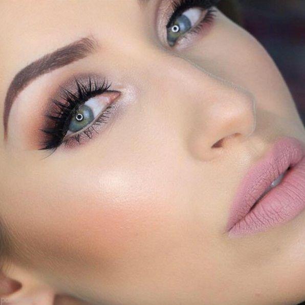 مدل های دل فریب از آرایش لب و چشم زنانه 2016