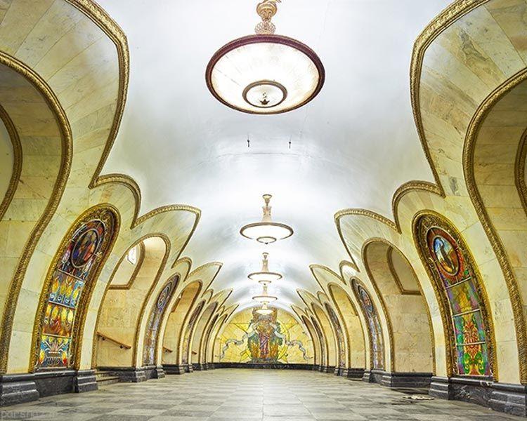عکس های خیره کننده از ایستگاه های مترو در مسکو
