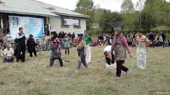 نگاهی به بازی های محلی و بومی اصیل ایرانی