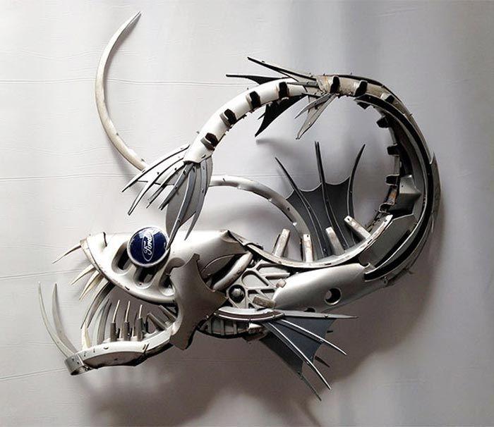عکس های دیدنی از ساخت اشیای جالب با قالپاق های کهنه