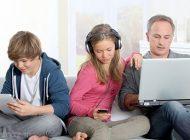 از بین رفتن روابط اجتماعی بوسیله موبایل