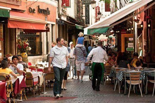 بهترین و قشنگترین رستوران های خیابانی دنیا