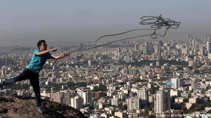 تصاویری زیبا از بندبازی ورزشکاران ایرانی
