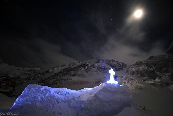 کلیسایی از جنس یخ در ارتفاعات + عکس