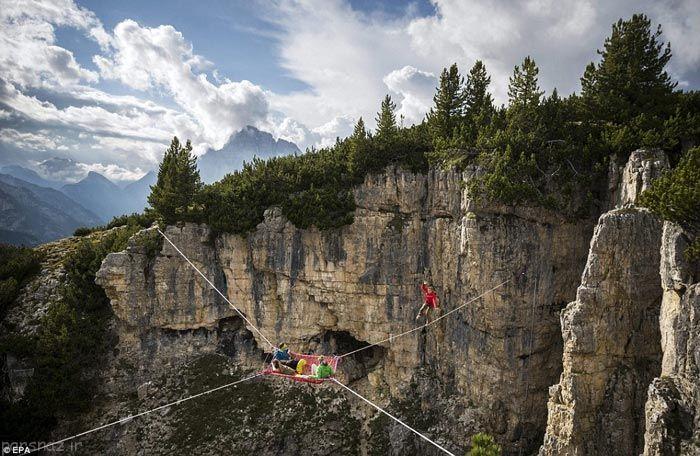 صحنه های جالب نمایشی در کوه های آپ
