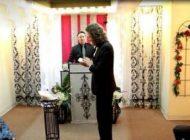 این مرد با گوشی موبایل خود ازدواج کرد +عکس