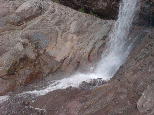 آبشار زیبای راین در استان کرمان