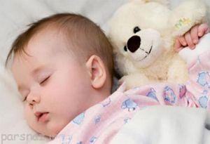 از بین بردن نفخ شکم نوزاد با ماساژ دادن