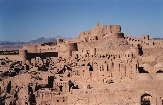 با 21 اثر تاریخی ایران که در یونسکو ثبت شده است