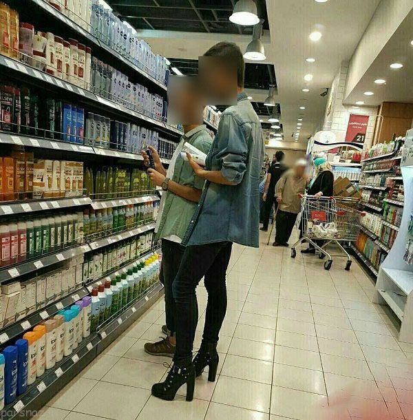 پسر دخترنما با کفش های پاشنه بلند در ایران جنجال کرد