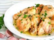 آموزش تهیه خوراک مرغ و سیر