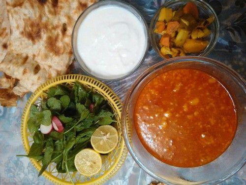 طرز تهیه آبگوشت لپه همراه لیمو عمانی