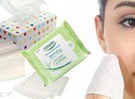 استفاده از دستمال مرطوب آرایشی مفید یا مضر؟
