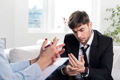 چه زمانی باید به روانشناس مراجعه کرد؟