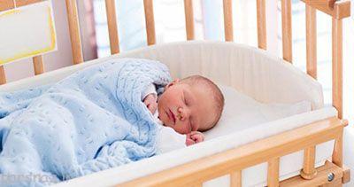 به کودک خود بیاموزید تنها بخوابد