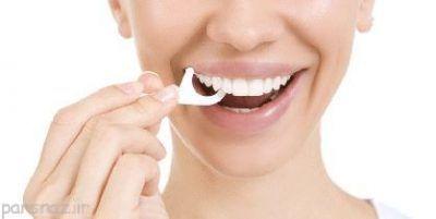لزوم استفاده از نخ دندان برای سلامت دهان