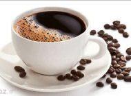 مصرف چای و قهوه باعث زرد شدن دندان می شود