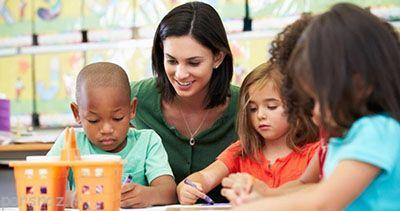 با کودکان وابسته به والدین چه کنیم؟