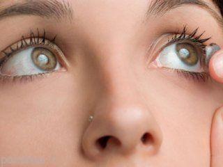 اگر با لنزهای چشمی بخوابید نابینا می شوید