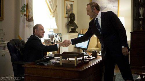 نقش سیاست در سریال هاوس آو کاردز