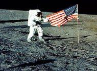 آرزوی سفر به ماه در انسان ها و عملی کردن آن