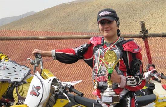 ماجرای جالب مادر و دختر موتور سوار در ایران