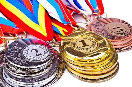 ساخت مدال های المپیک 2020 از بازیافت موبایل