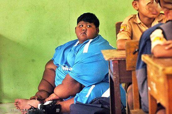 زندگی روزمره چاق ترین پسر دنیا را ببینید
