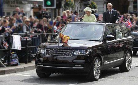 ملکه الیزابت چه ماشین هایی سوار می شود؟