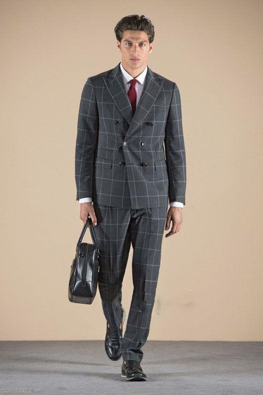 مدل های رسمی و شیک لباس مردانه برند Tod's