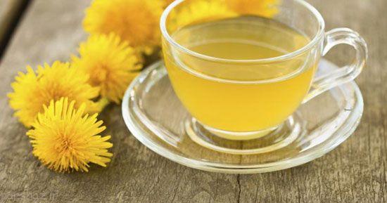 چای قاصدک دوای رفع نفخ بارداری مادران