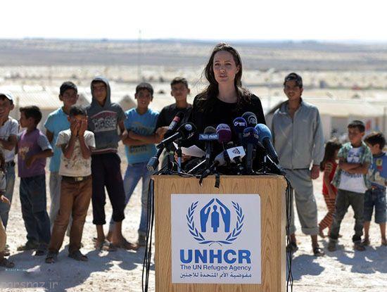 آنجلینا جولی در کنار پناهجویان سوری +عکس