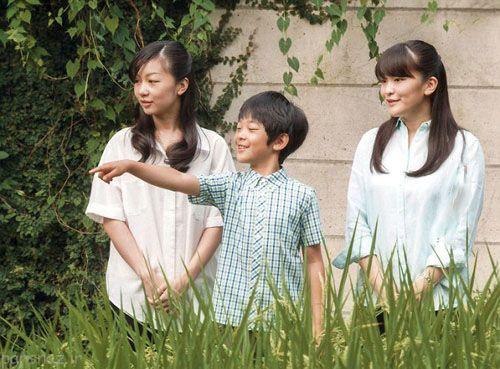 امپراطور آینده ژاپن تولد 10 سالگی را جشن گرفت