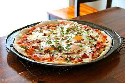 با هم پیتزای گوشت و نیمرو درست کنیم