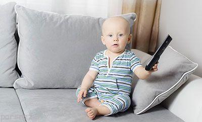 بچه ها نباید زیاد تلویزیون ببینند