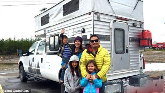این خانواده همیشه در حال سفر هستند