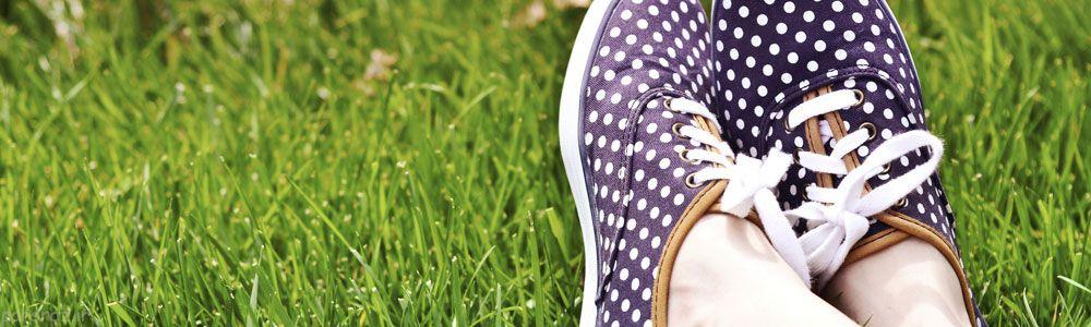 کفش بدبو را اینگونه نجات دهید