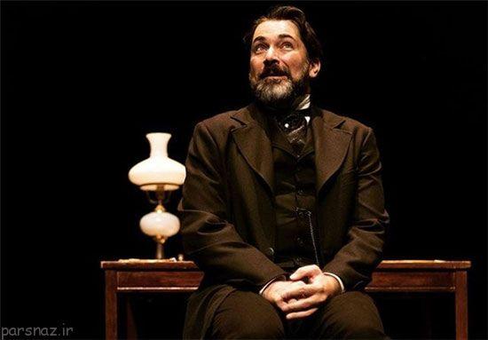 پارسا پیروزفر به تنهایی تئاتر اجرا می کند