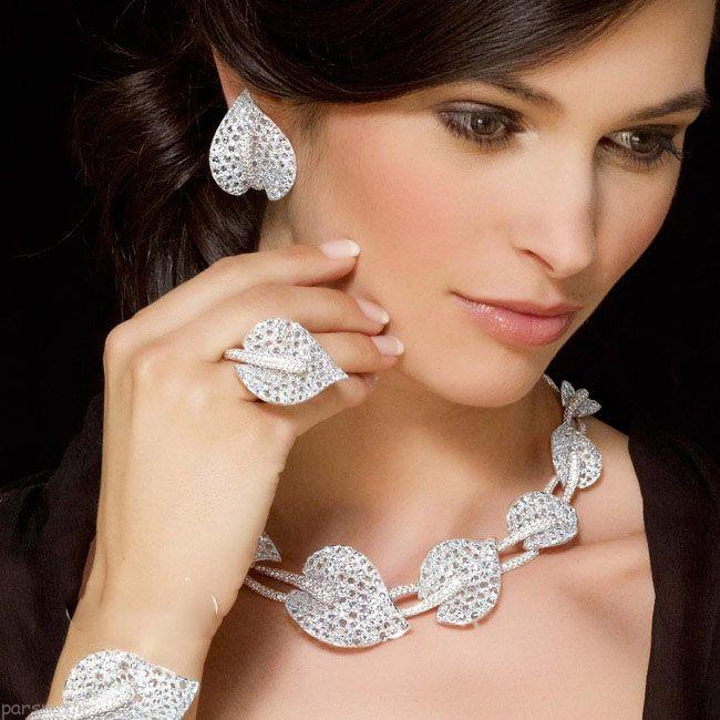 مدل طلا و جواهرات زیبا و جذاب از برند Schreiner