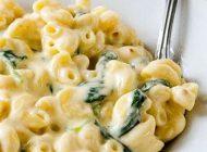 طرز تهیه پنیر ماکارونی همراه با اسفناج